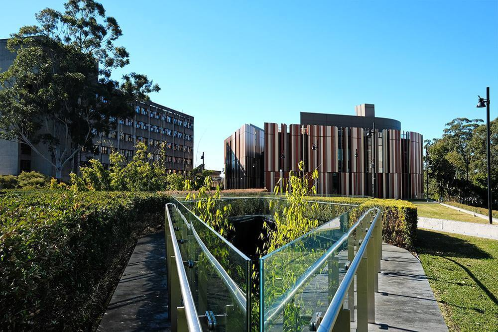 Macquarie University - Gold