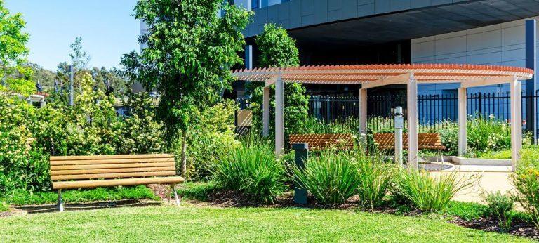 Aveo seating area in garden