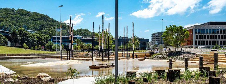 Leagues Club Park Gosford Tidal Terrace & Totem Poles